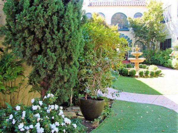 palo alto apartment rentals - exterior with fountain